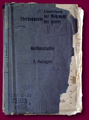 "Folder and first page of the plan ""Barbarossa""."
